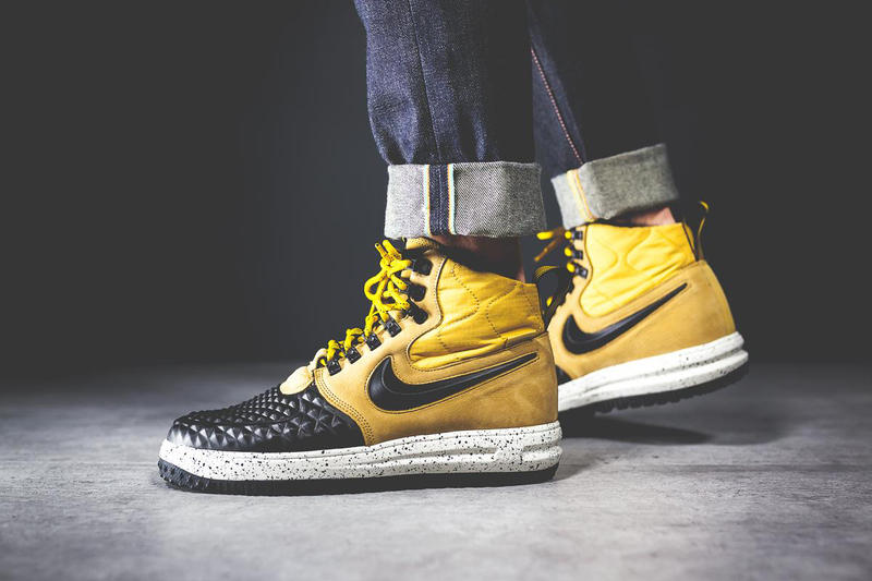 new arrival 4606c b2ab0 Nike Drapes the Lunar Force 1 Duckboot  17 in