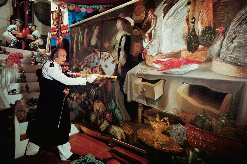 Salvador Dali The Wines of Gala Book TASCHEN Surreal Guide Drinking 2017 November Release Date Info