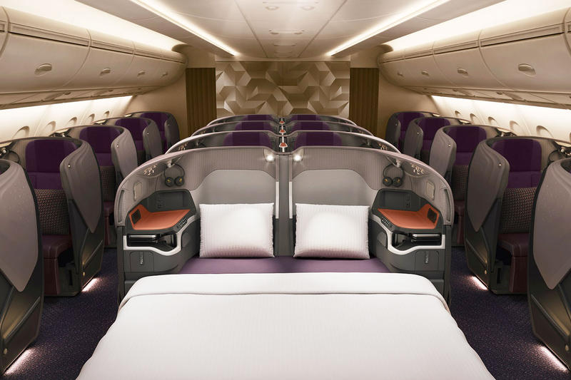 Singapore Airlines SIA Airbus A380 First Class Suites Hotel Bedroom Flying