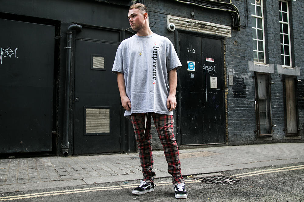 Supreme Independent 2017 London Drop Style Street Style Streetsnaps London Fall/Winter 2017
