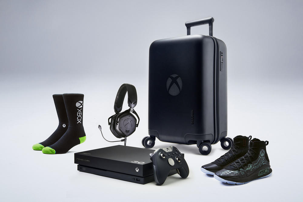 Under Armour Curry 4 Xbox One X VIP Kit Mache Custom Kicks Sneakers Shoes Footwear