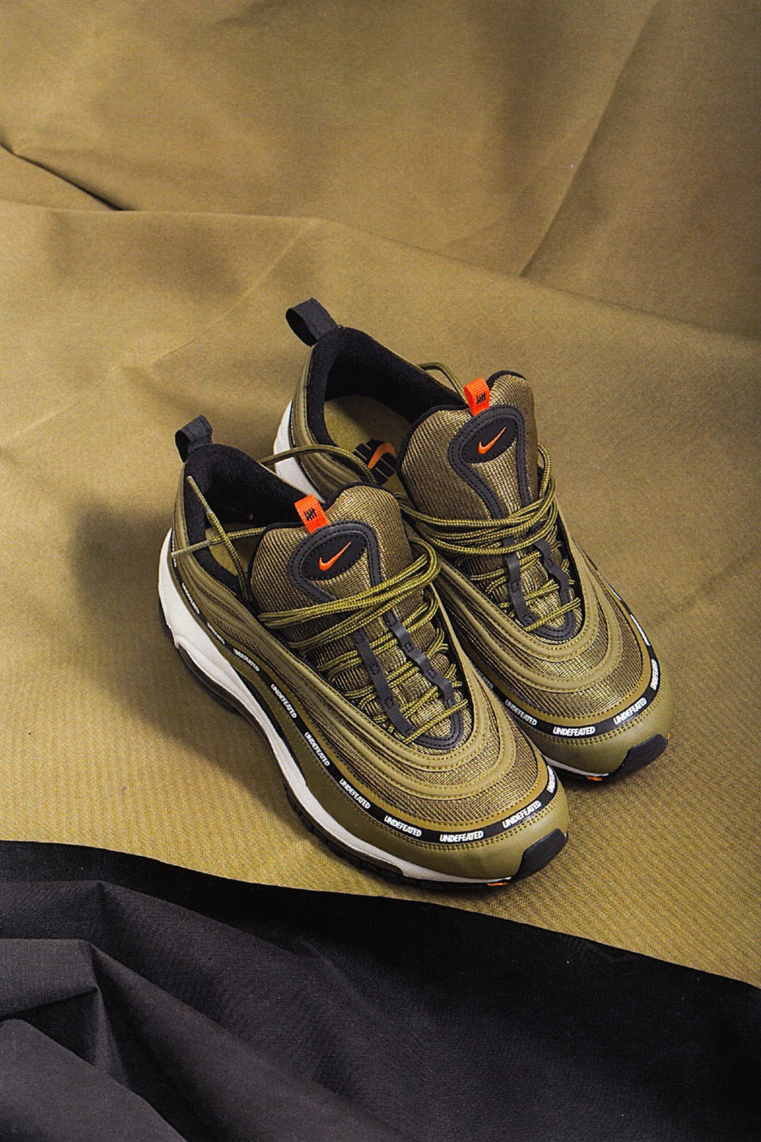 UNDEFEATED x Nike Air Max 97 Olive