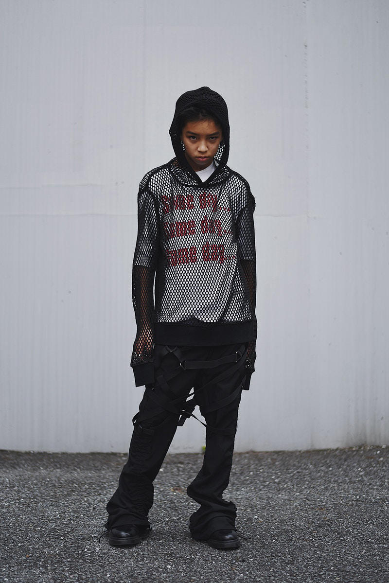 Yoshi Empty Room R__m HYPEBEAST JP Vintage Virgil Abloh Helmut Land 14-year old teen model instagram