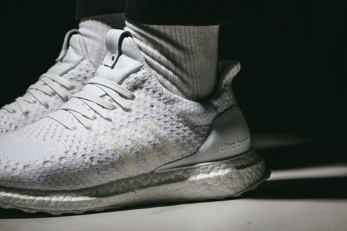 super popular bffc6 e1589 INVINCIBLE x A Ma Maniere adidas Collab On-Feet | HYPEBEAST
