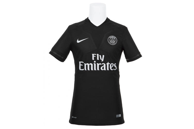 colette Paris Saint Germain FC Nike Jersey Collaboration set pair blue pink  drop release close final 84b3b28d0