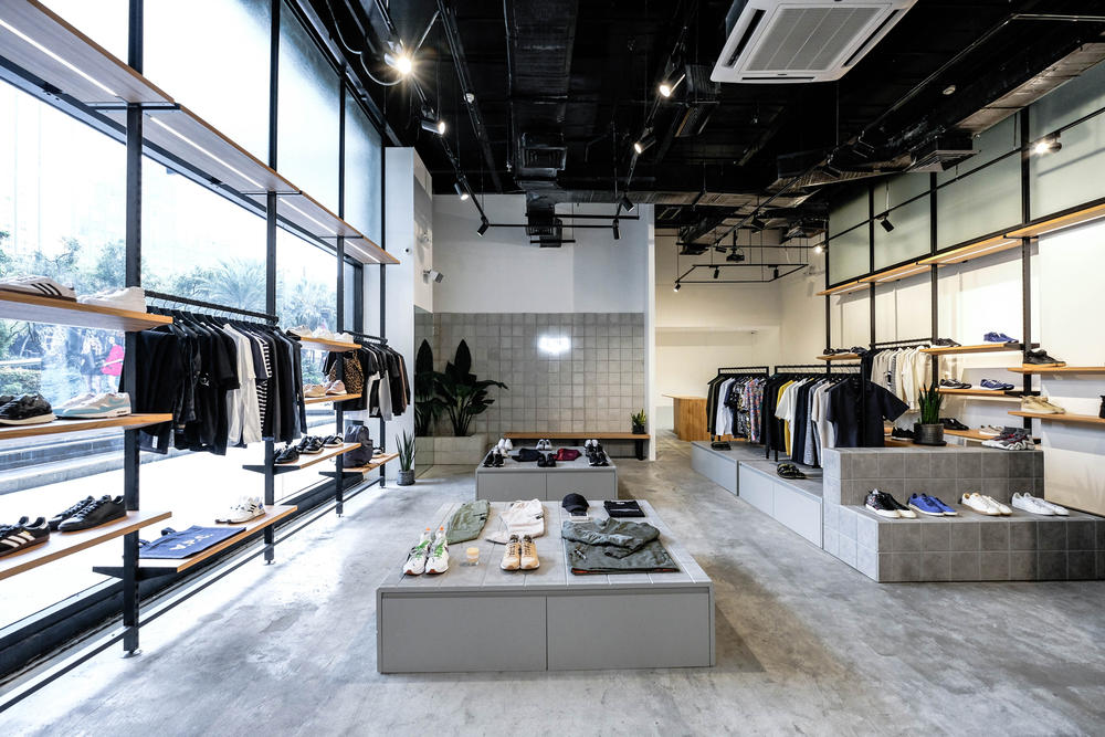 Commonwealth Manila Flagship Store December 2017 Launch Philippines