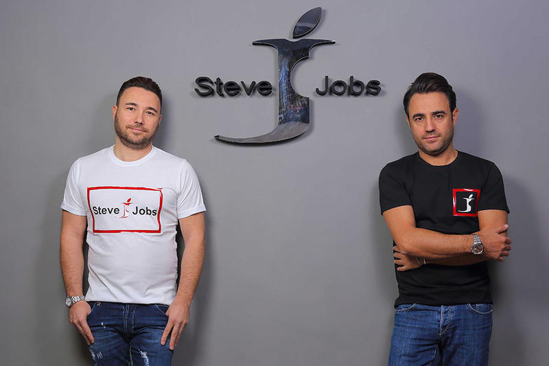 Steve Jobs Italian Clothing Company Apple Lawsuit Trademark Court Case Fashion Apparel Clothing Accessories