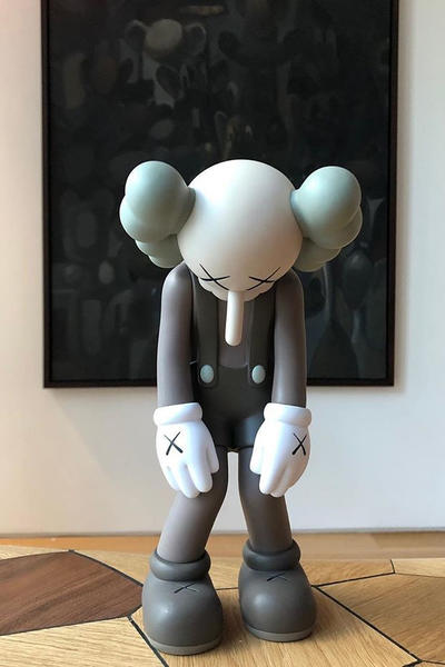 KAWS SMALL LIE Vinyl Edition Medicom Toy Art Artwork Sculpture Brian Donelly
