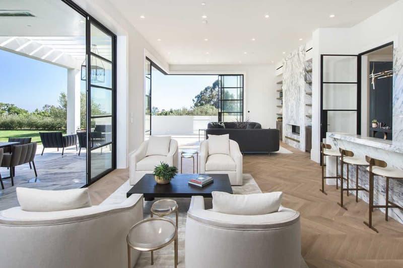 Lebron James Cleveland Cavaliers 23 Million Brentwood Mansion Los Angeles