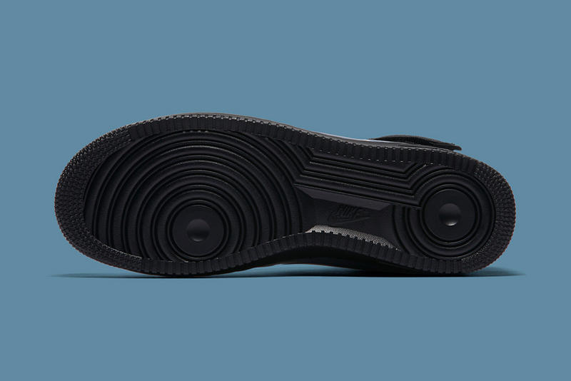 Nike Air Force 1 Foamposite Black Blue Iridescent January 6 2018 Release