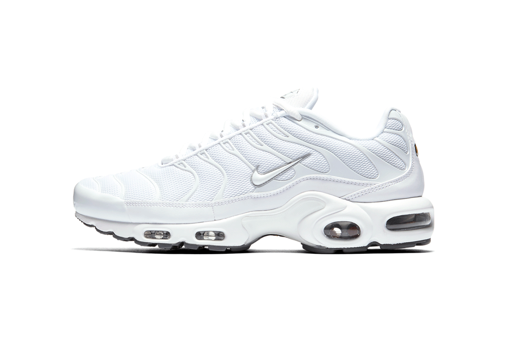 Nike Air Max Plus Triple Black White 2018 January Release Date Info 20th Anniversary Sneakers Shoes Footwear 1998 running shoe futuristic retro classic