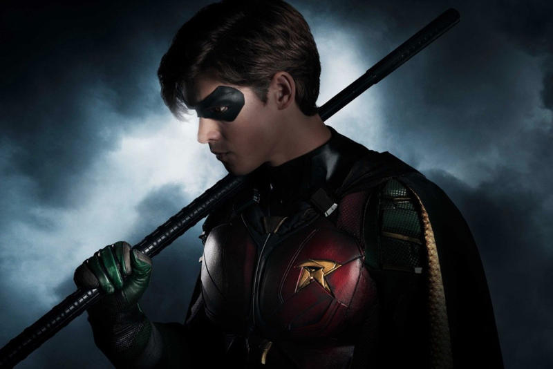 Robin Titans DC Comics Original Series Brenton Thwaites First Look 2017 December Titans Teen TV Dick Grayson