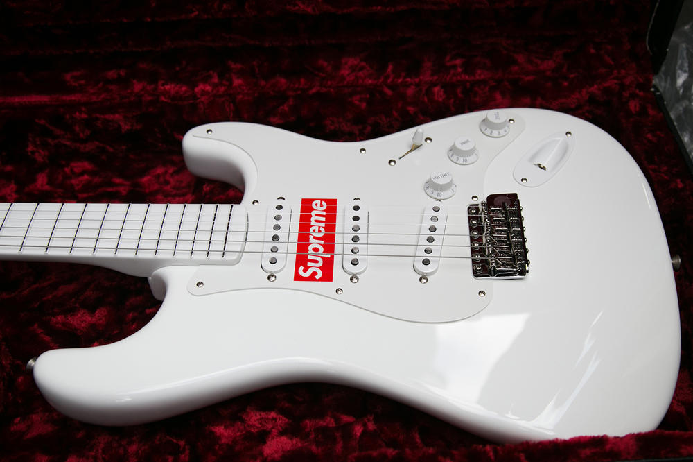 Supreme London Drop Style December Guitar Fender Shred