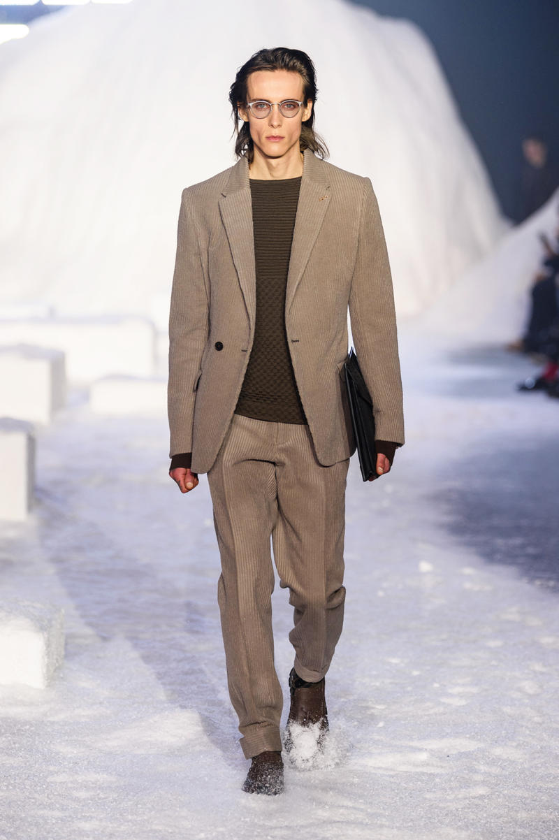 Ermenegildo Zegna Presents Fall/Winter 2018 Milan Fashion Week Classic Suiting Investment Pieces Menswear Groomsmen Groom Wedding Wool Mens Suits Long Coats