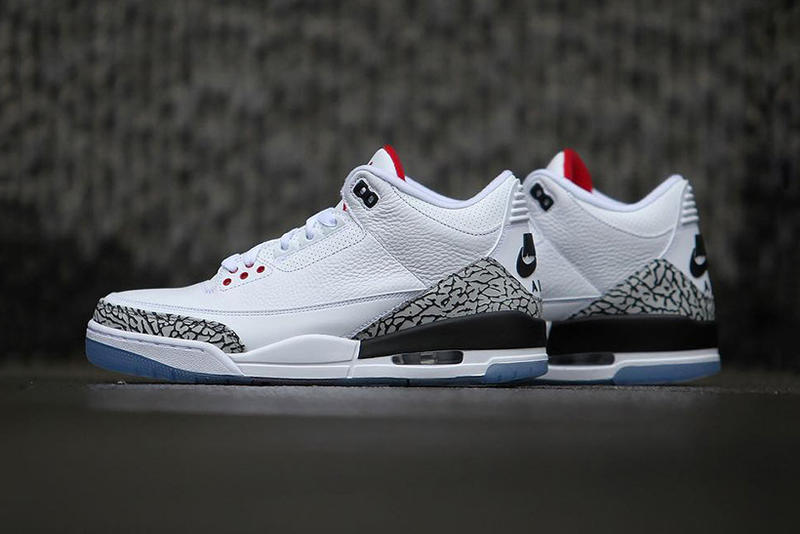 92adfcf8877 Sneakerbardetroit. Air Jordan 3 Dunk Contest Detailed Look White Cement  Clear Sole 1988 Michael Jordan