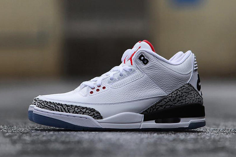 5f8b8e9b1a4eda Commemorating MJ s infamous free throw line dunk. Air Jordan 3 Dunk Contest  Detailed Look White Cement Clear Sole 1988 Michael Jordan