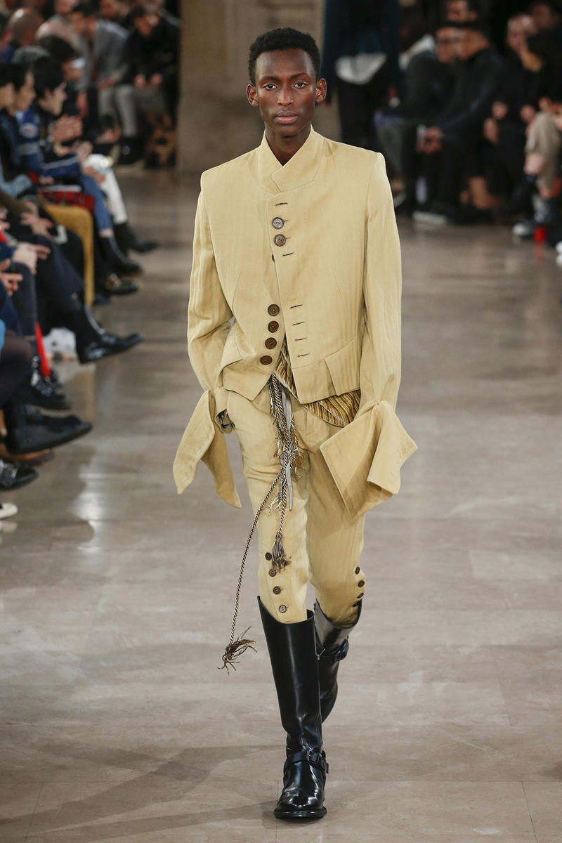 Ann Demeulemeester 2018 Fall Winter Collection paris fashion week mens runway pfw pfwm