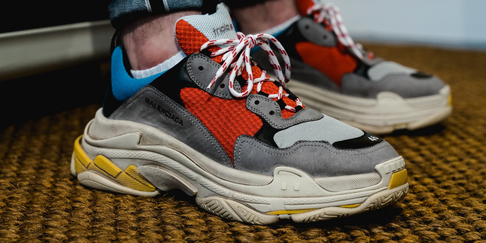 how to tell if balenciaga triple s are real