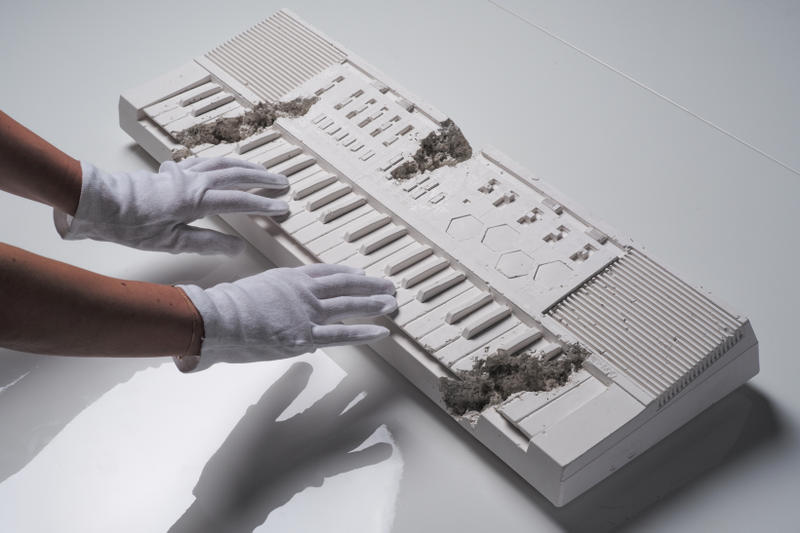 Daniel Arsham Future Relic 09 Artworks Art Keyboard Collectible Casio Casiotone MT 500 Keyboard White