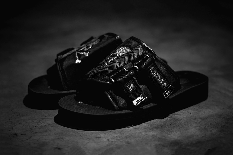 547cece9e87 mastermind JAPAN and SUICOKE Join Forces For KAWS-VS Sandals