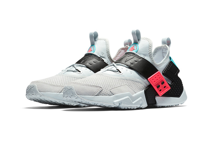4e36ecdeb23 Nike s Air Huarache Drift Receives A