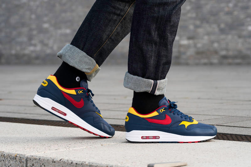 c8910f5659a3b3 An On-Foot Look at Nike s Air Max 1
