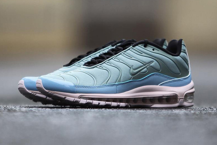 99909d6d1d2 Nike s Latest Hybrids Clash in Shades of Blue