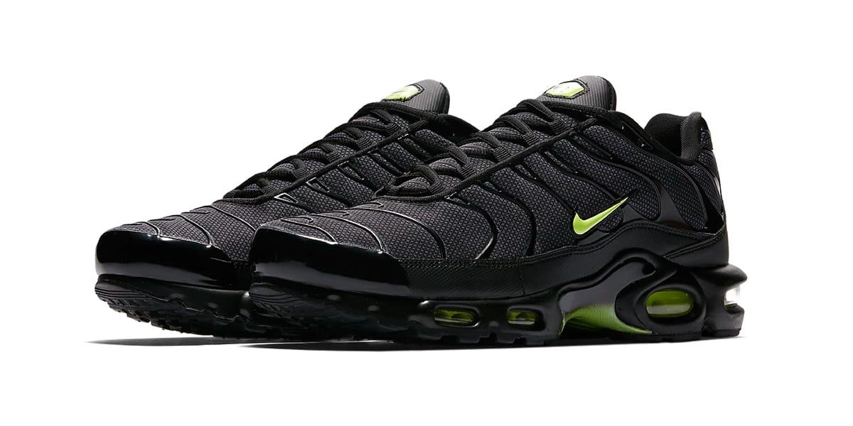 "Nike Air Max Plus ""Neon� Release"