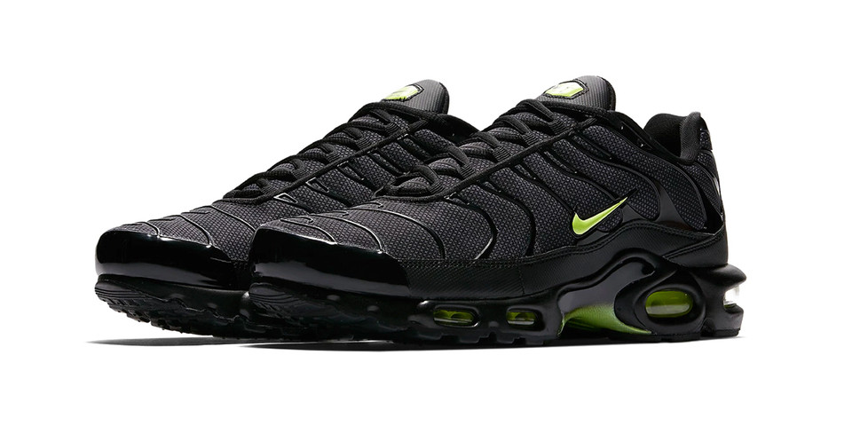 "reputable site 4364f aa7c9 Nike Air Max Plus ""Neon"" Release 