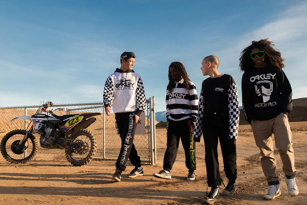 Oakley Thermonuclear Protection 2018 Capsule Collection, Motocross Lookbook