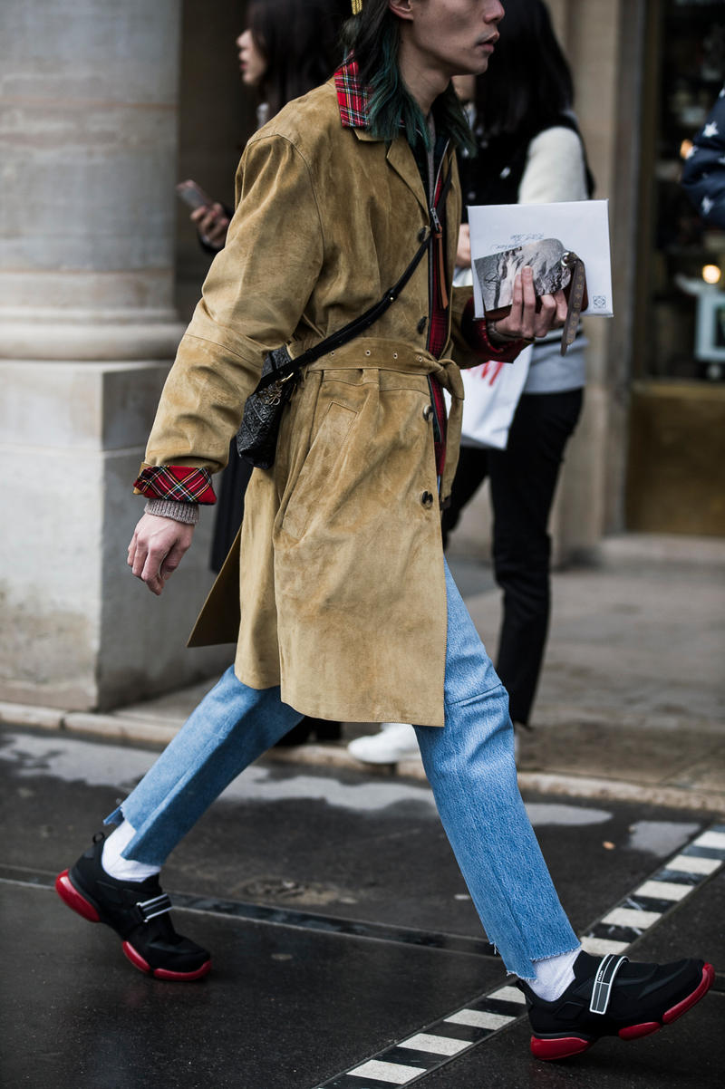 Paris Fashion Week Street Style FW18 Day 2 Fall/Winter 2018