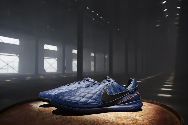 Ronaldinho Nike 10R City Collection LegendX 2018 January 25 Release Date Info Sneakers Shoes Footwear Black Navy Blue