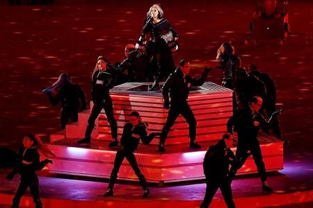CL Closes Out 2018 PyeongChang Winter Olympics