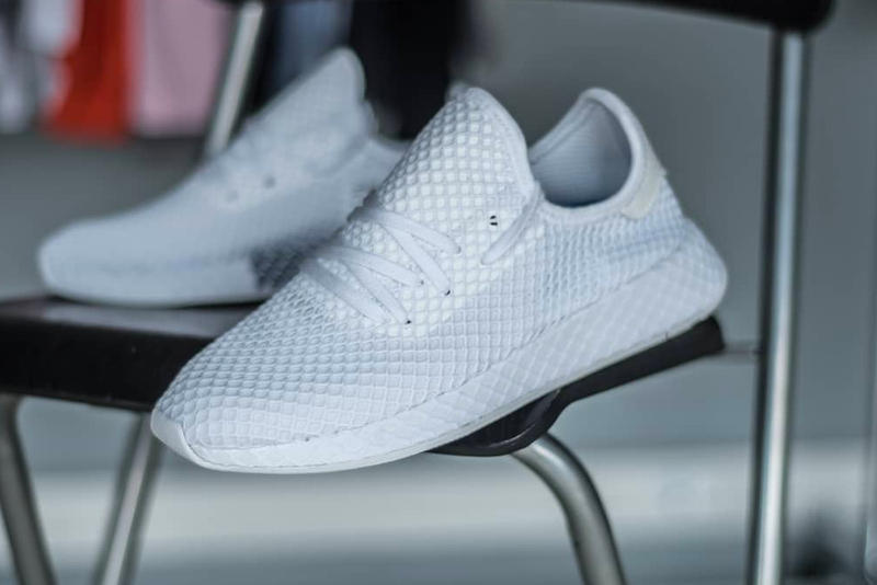 adidas Deerupt closer look all-white mesh