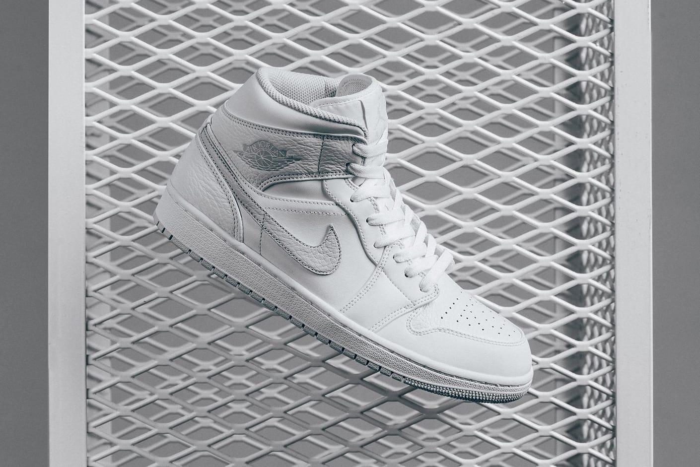 jordan 1 mid white platinum