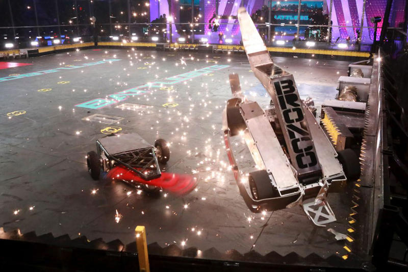 Battlebots New Season Discovery Channel Robots Fighting