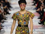 Christian Dior's Fall/Winter 2018 Show Was a Floral Eyeful