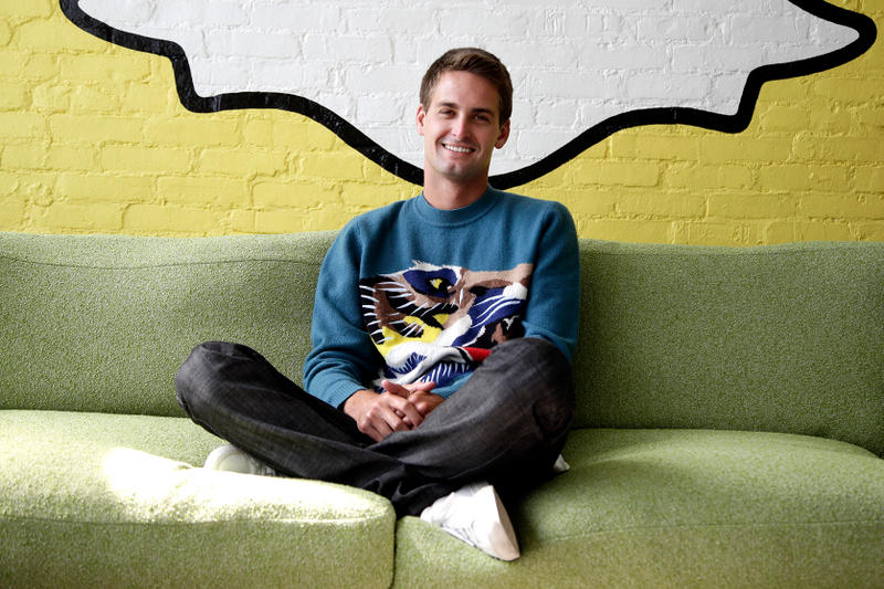 Evan Spiegal Snapchat Snap Inc CEO $637 Million Bonus Kylie Jenner Tweet 1.3 Billion Loss AirPod