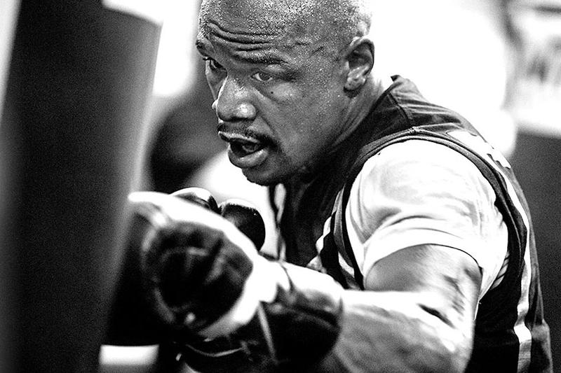 Floyd Mayweather Boxing + Fitness Opens in Los Angeles Exercise Training Champion HITT Program LA Fitfam Sports Box Gloves
