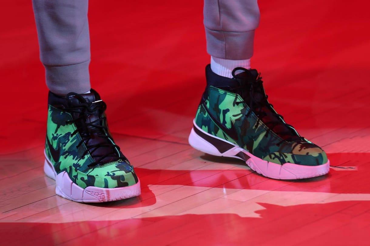 UNDEFEATED x Nike Kobe 1 \