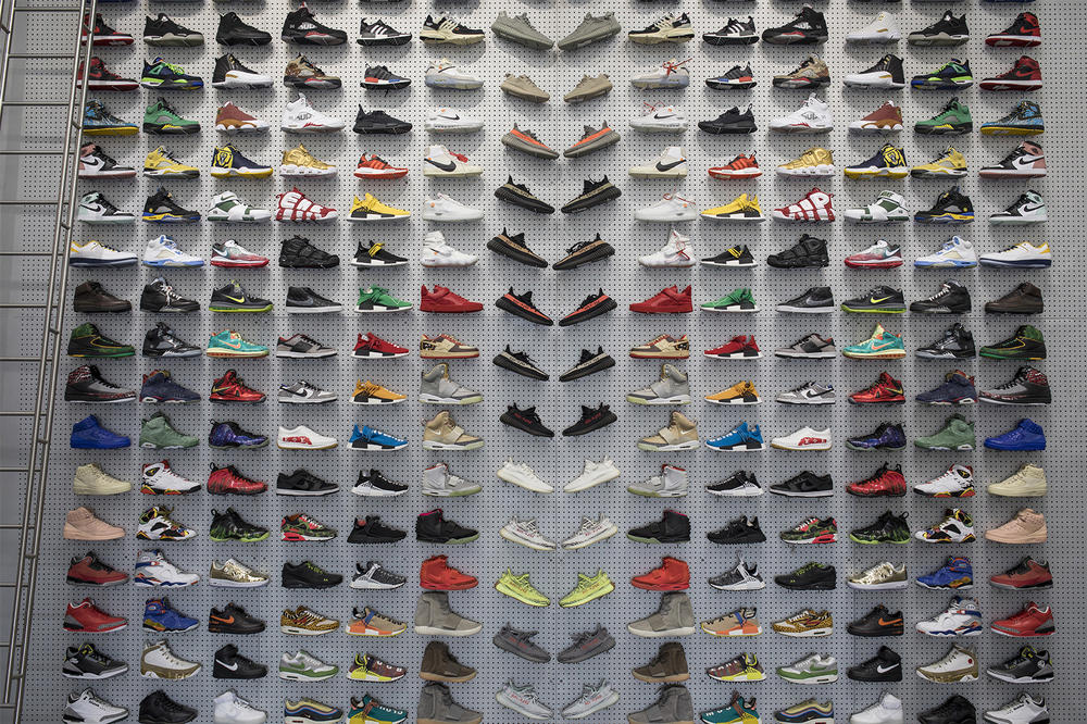 GOAT Flight Club Merger Announcement 2018 february 8 fund raise 60 million usd dollars sneakers shoes footwear index ventures