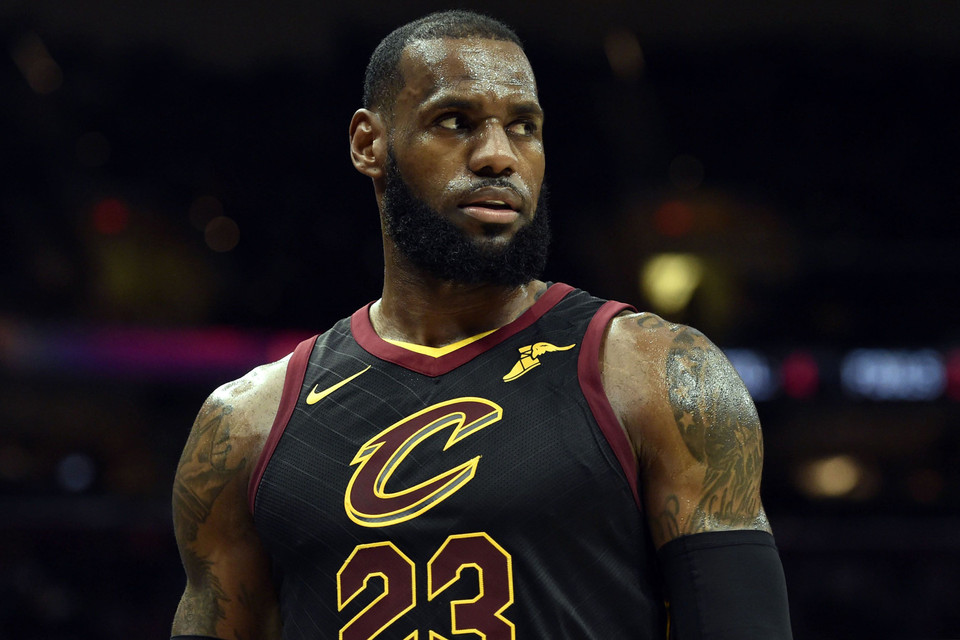 75f496936735 LeBron James Praises  Black Panther  as