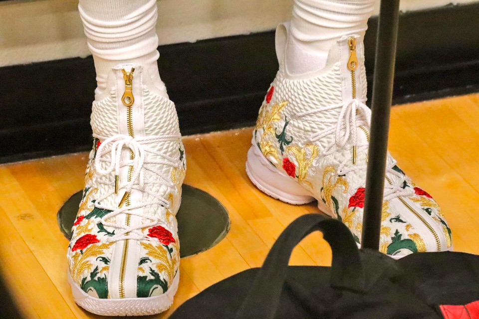 3cad3fea283 A Closer Look at LeBron James  Embroidered KITH x Nike LeBron 15s