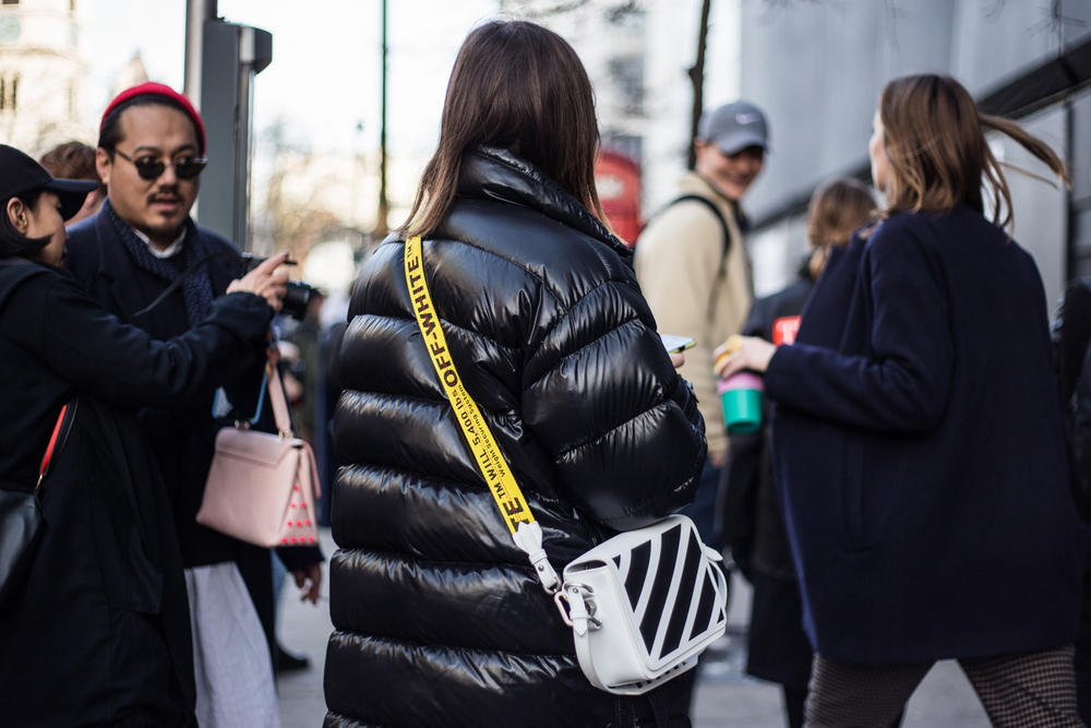 London Fashion Week Fall/Winter 2018 Streetsnaps Street Style