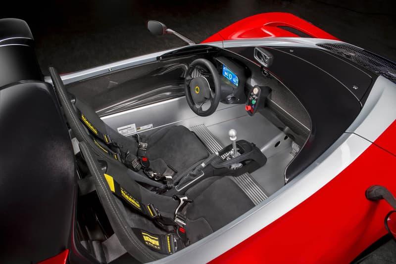 Lotus 3 Eleven 430 Supercar Weekend Track Toy Car Open Cockpit Helmet Sportscar British