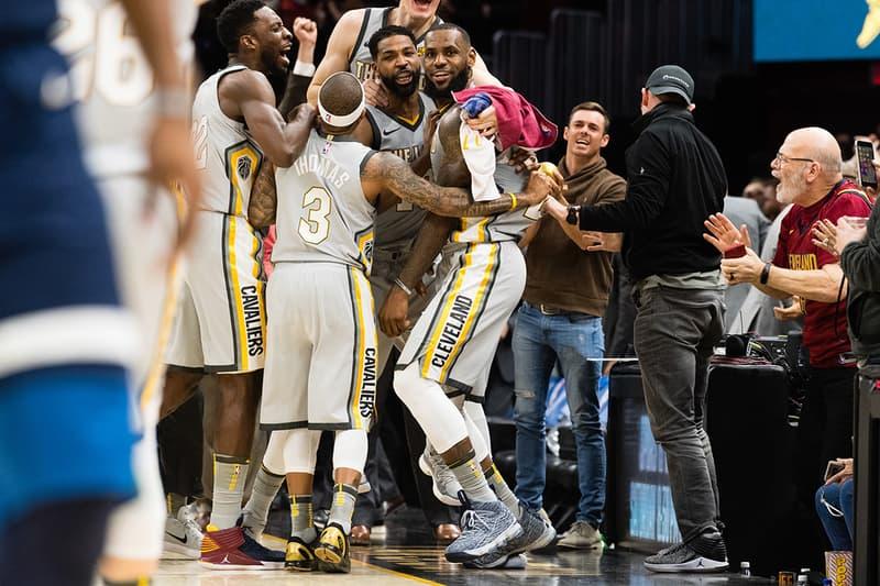 Cleveland Cavaliers Trade Isaiah Thomas Dwyane Wade Derrick Rose LA Lakers Miami Heat Utah Jazz Sacramento Kings deadline lebron james Basketball NBA