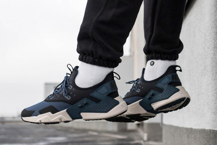 new style eec3e df982 The Customizable Nike Air Huarache Drift Receives A