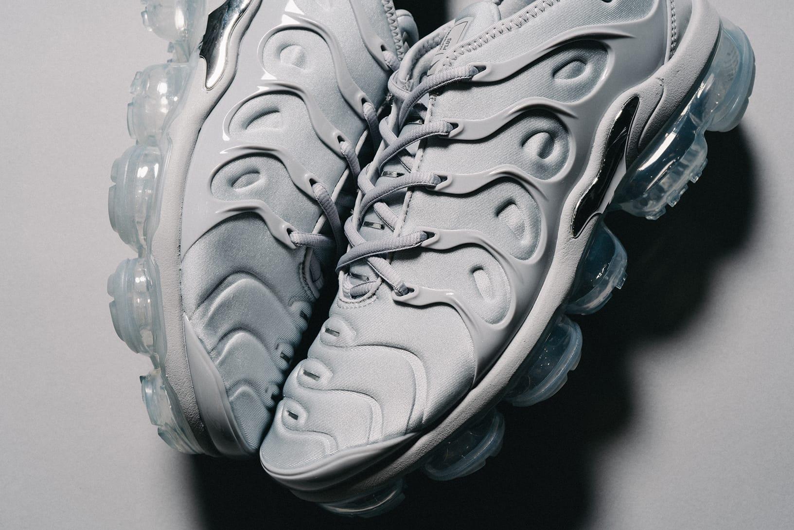 Nike Air VaporMax Plus Cool Gray Closer