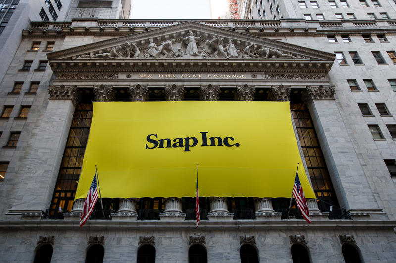Snapchat 2018 first quarter earnings beat expectations wall street