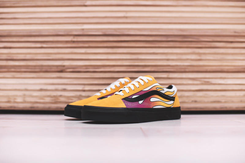Vans Old Skool Flame Slip On Flame Classic Sneakers Shoes Street Mens Womens Unisex Black Pink Yellow Banana Sidestripe